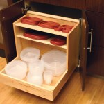 Neatly store your plastic storage containers and lids in this convenient roll-out.
