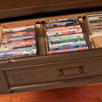 Drawers can be specified with an adjustable DVD/CD file system.